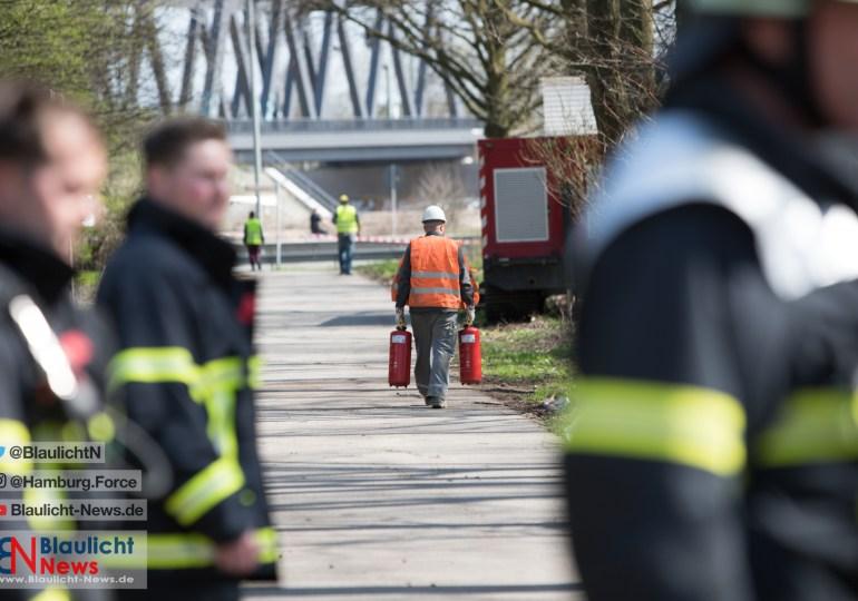Defekte Gasleitung sorgt für Verkehrschaos - Wilhelmsburger Reichsstraße gesperrt!