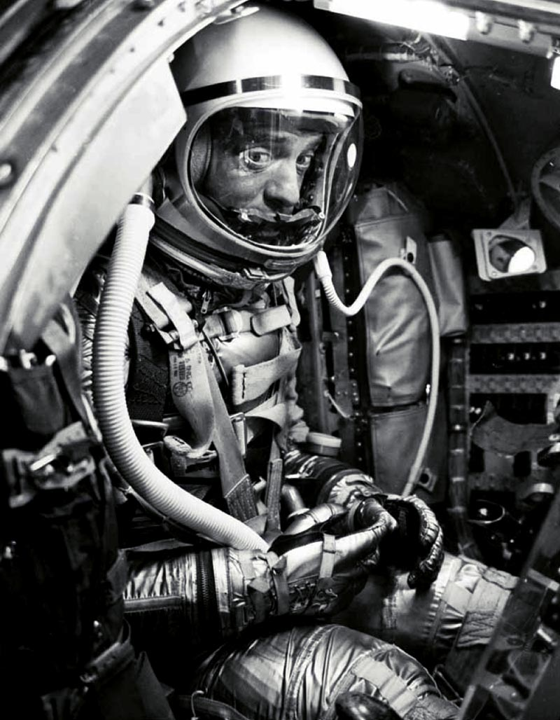 Spacesuit An Interview With Nicholas De Monchaux Bldgblog