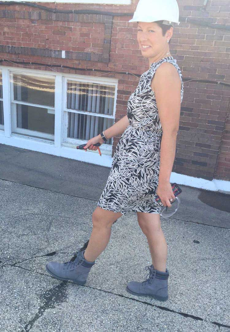 Shannon in Boots