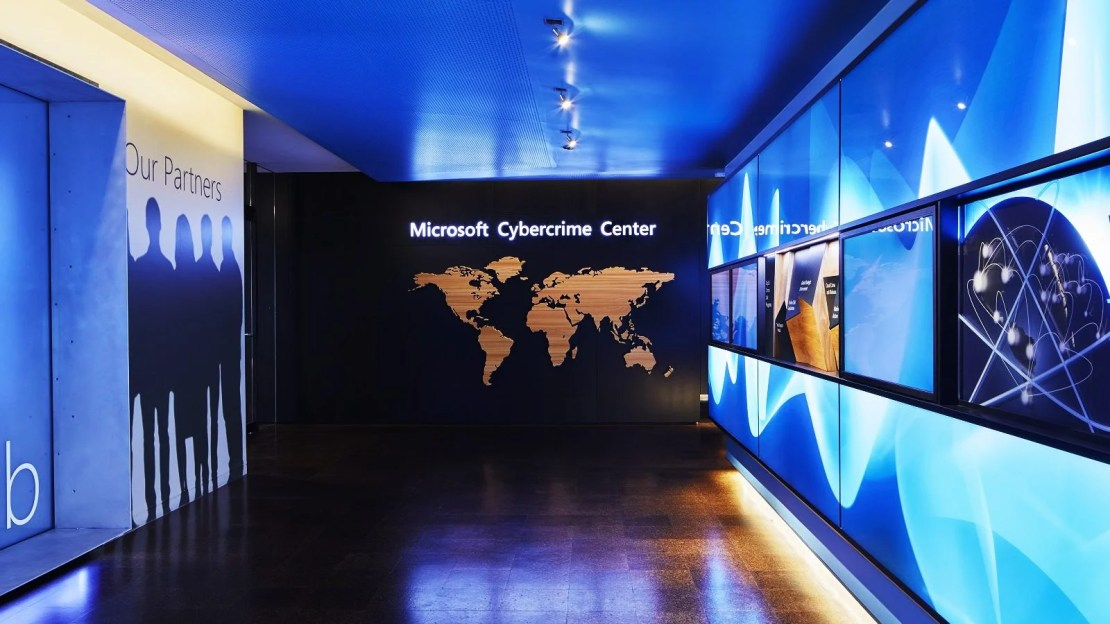 Microsoft: Scammers bypass Office 365 MFA in BEC attacks