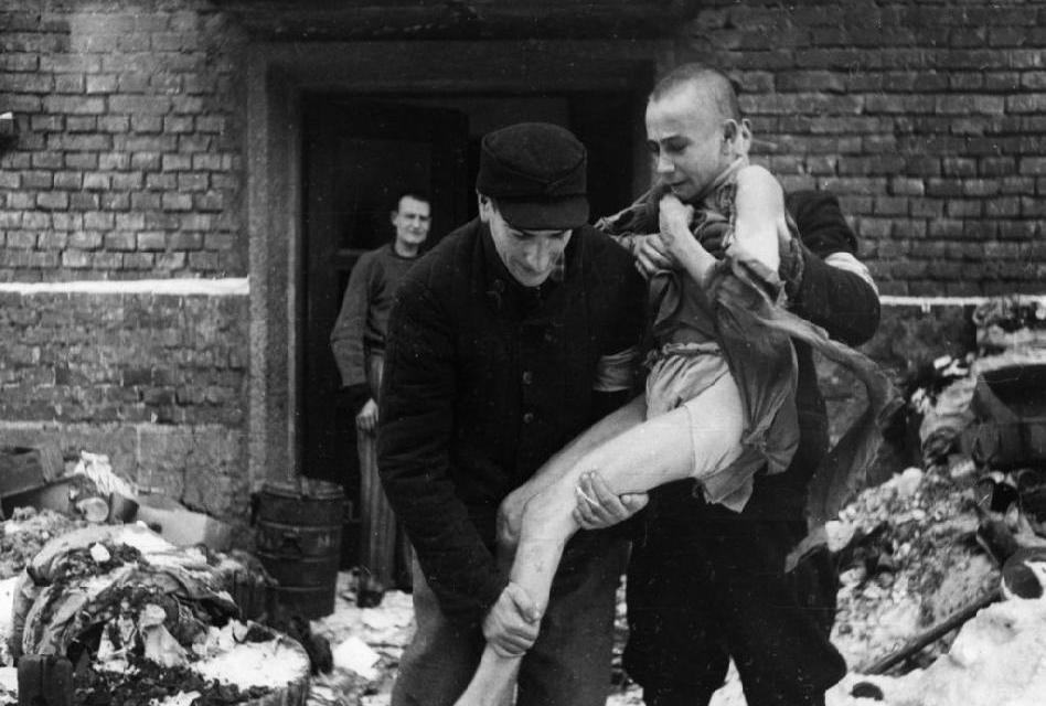 Šokující osvobození Osvětimi: Sověti zdaleka netušili k čemu se blíží