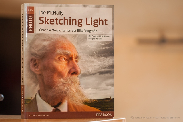 "Joe McNally ""Sketching Light"""