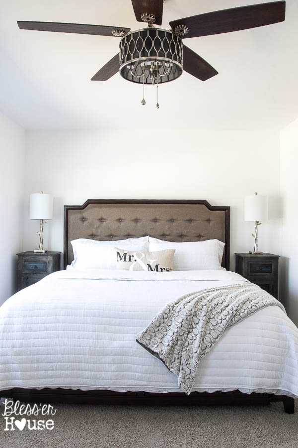 10 Stylish NonBoring Ceiling Fans