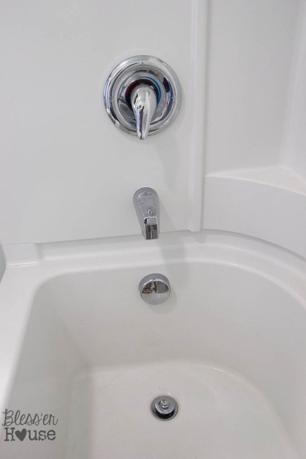 How To Spray Paint Shower Fixtures Easy Diy Method Bless Er House