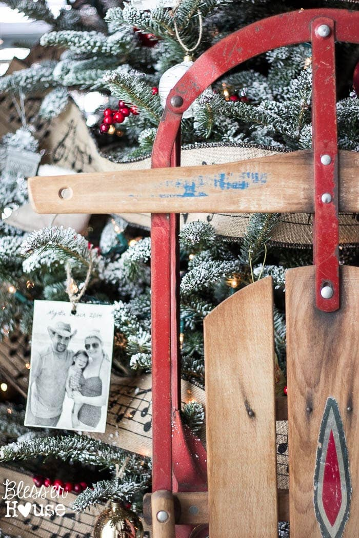 10 Thrifty Christmas Decor Ideas + Budget Holiday Buying Guide | blesserhouse.com - A list of thrifty christmas decor ideas for how to repurpose thrift store finds into beautiful holiday decor plus a shopping guide with decor for under $15.