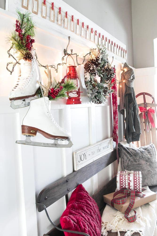 Christmas Entryway Tour + Advent Calendar Scripture Printables | How to style a Christmas entryway using thrifted and discount decor plus a simple DIY advent calendar with free Christmas story daily scripture printables.