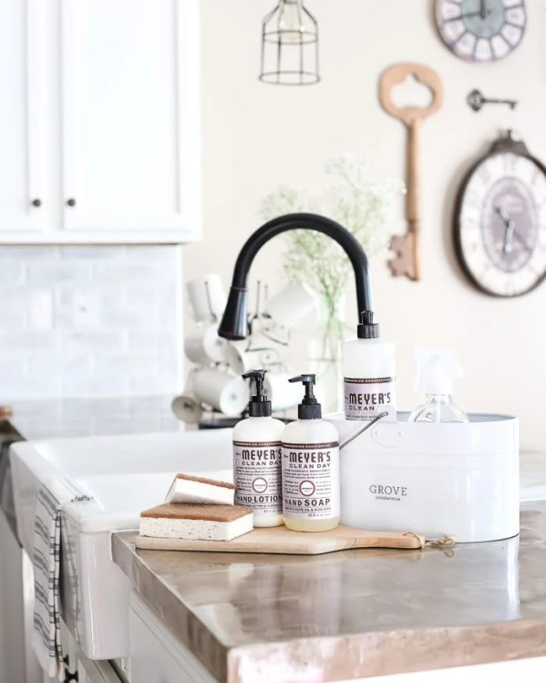 Tips for how to enjoy deep cleaning your house + a free whole house cleaning checklist printable + free cleaning kit from Mrs. Meyers and Grove Collaborative. #sponsored