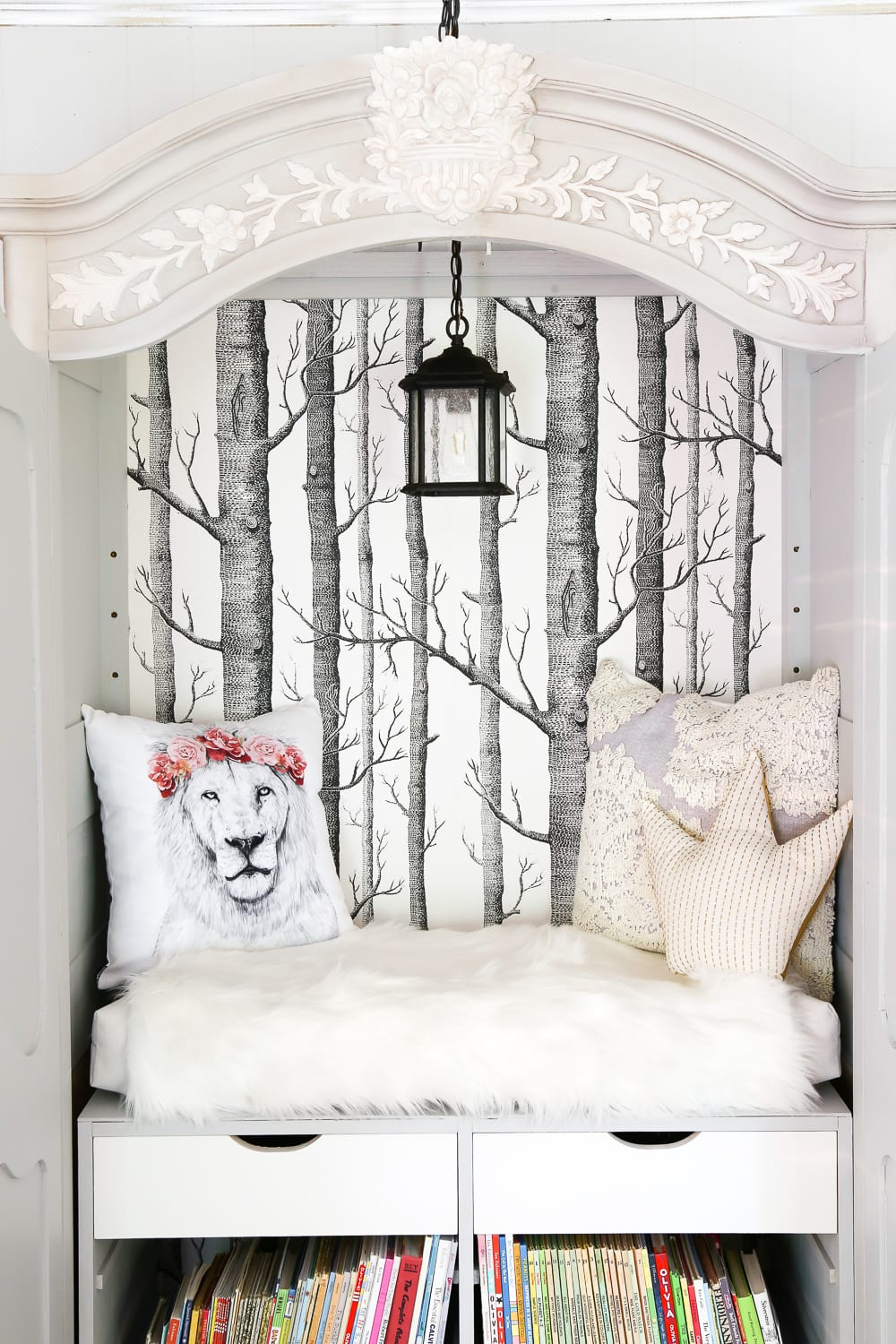 DIY Narnia Wardrobe Reading Nook Blesser House