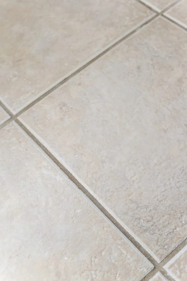 Painted Tile Grout Refresh | blesserhouse.com - A quick tutorial for how to clean and paint your grout to look brand new for $15 and under an hour. #homeimprovement #cleaning