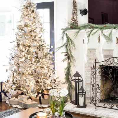 Seasonal Simplicity Christmas Living Room