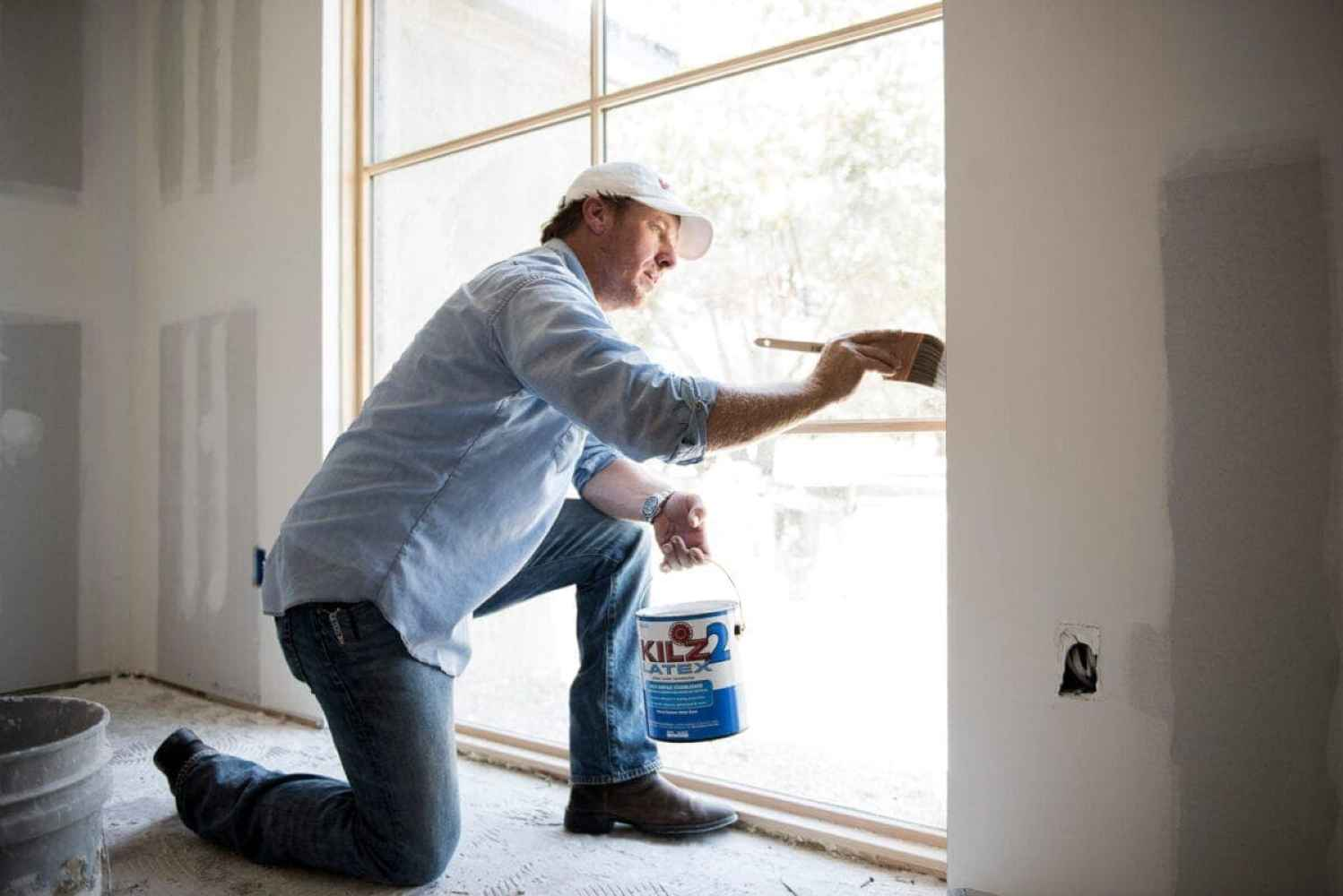 An interview with Chip Gaines including how to paint latex over oil based paint, the most popular Magnolia Home Paint colors, and where homeowners can get the most bang for their buck in their own fixer uppers.