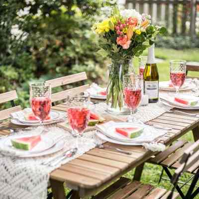 Backyard Barbecue Summer Tablescape