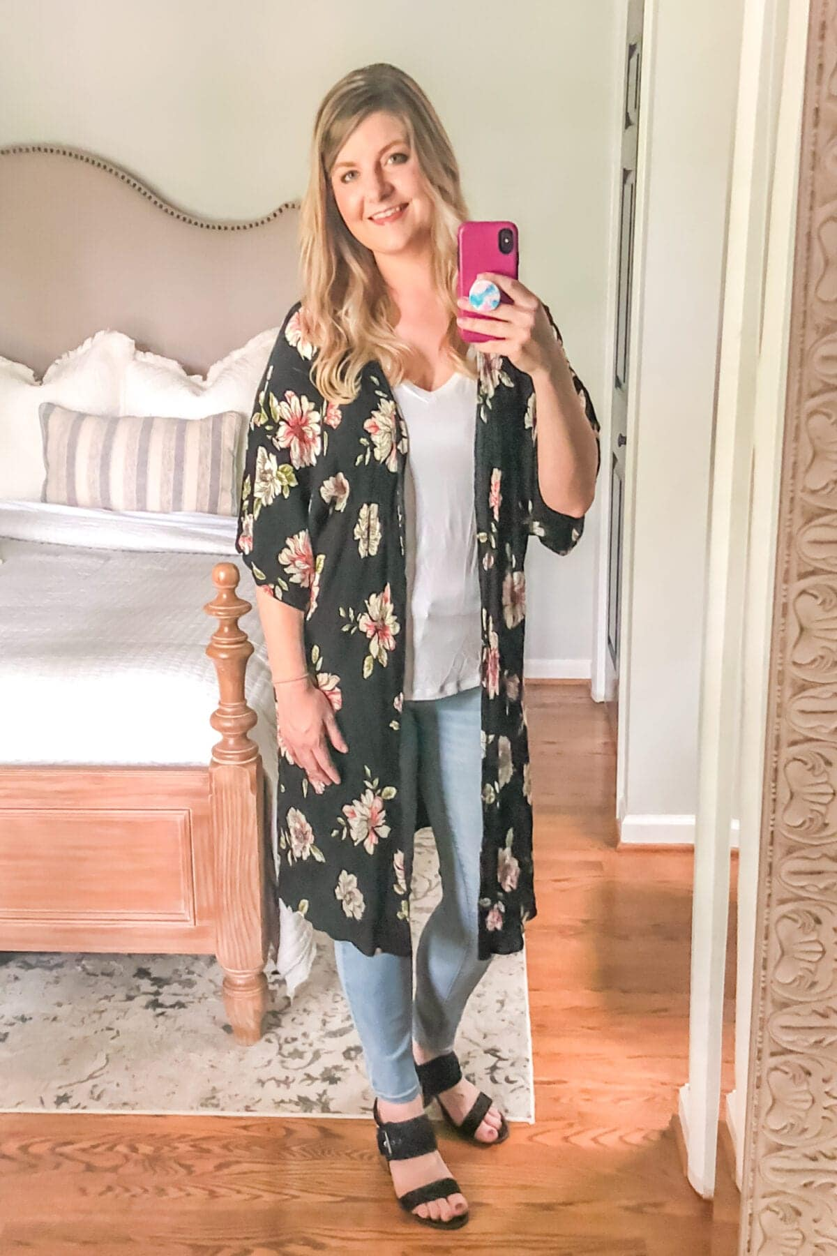 How to Hide Mom Belly Pooch | Kimonos, Cardigans, and Wraps