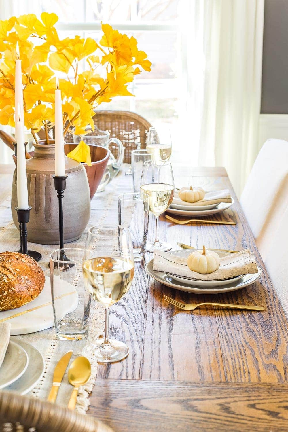 Modern meets traditional fall dining room set for Thanksgiving