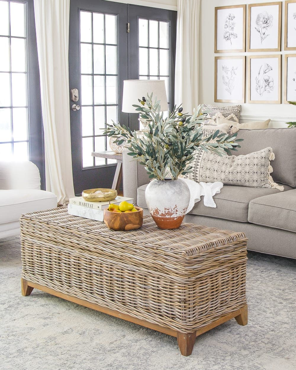 Kid-friendly coffee table - rounded corners, no tipping, and toy storage!