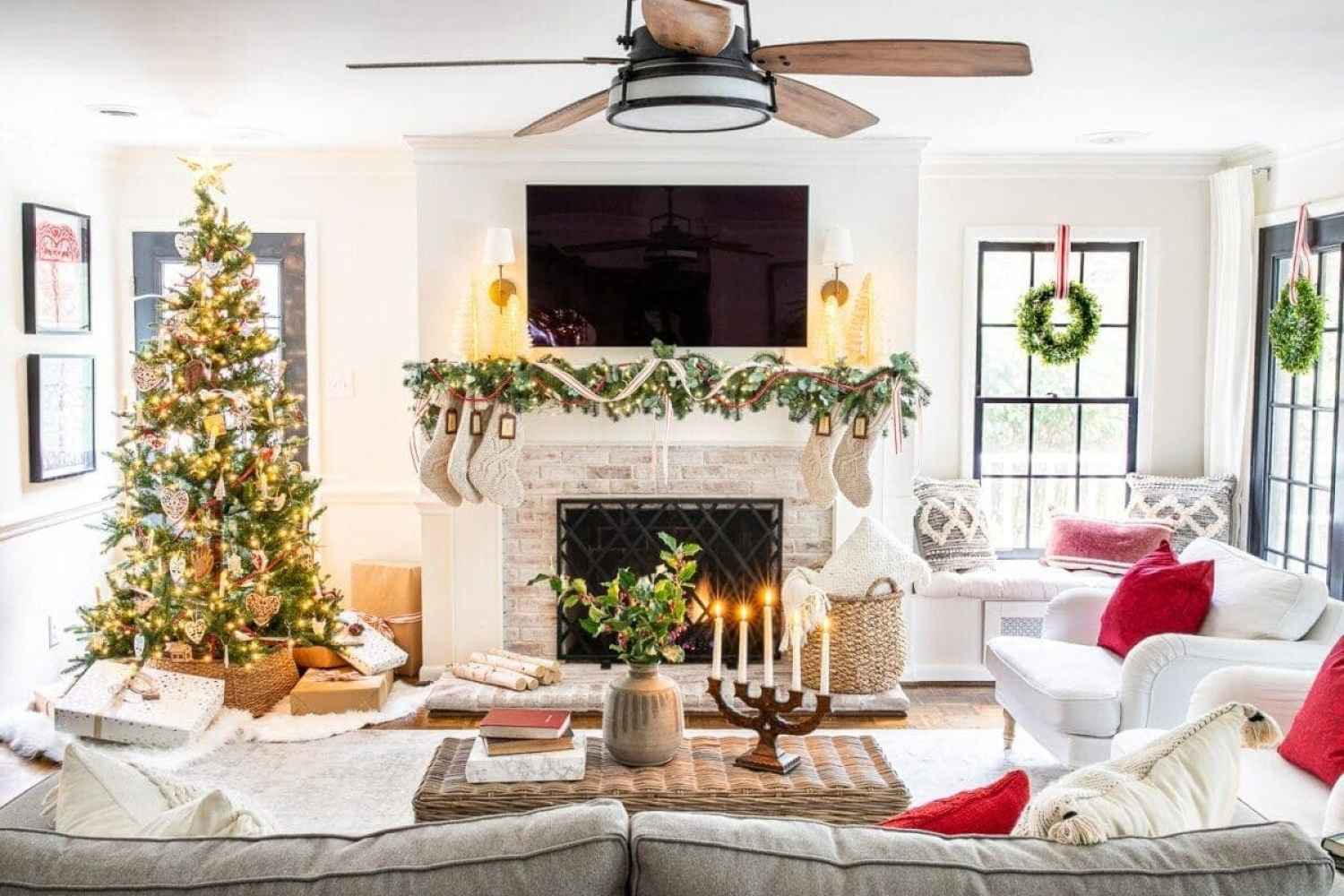 10 tips for mixing family heirlooms and antiques in with your new holiday decor & how to create Swedish Christmas decor style.
