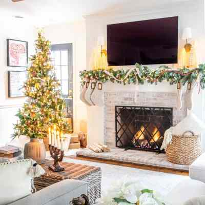 How to Change the Look of Your Christmas Decor Each Year Inexpensively