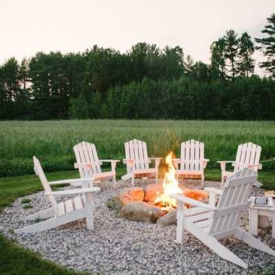15 Gorgeous Fire Pit Decorating Ideas