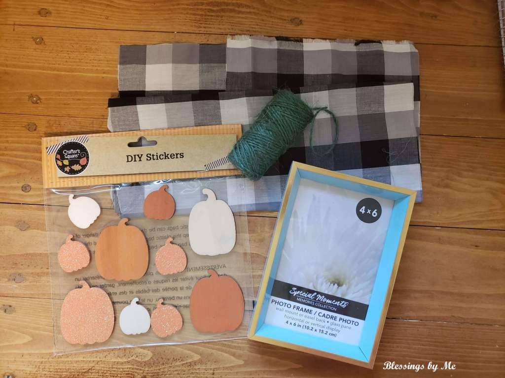 Materials needed for the pumpkin pie fall decor