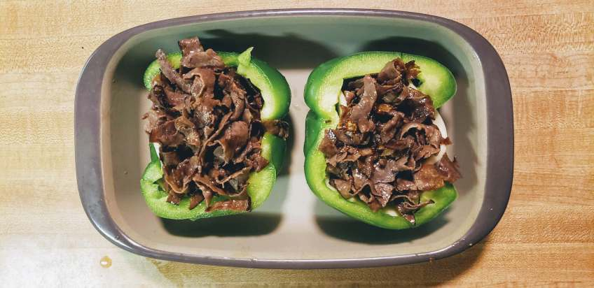fill peppers with meat
