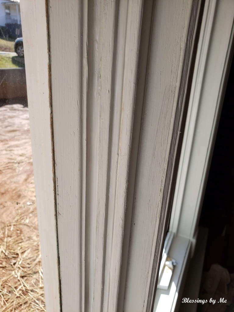 Fill the window gaps with caulk