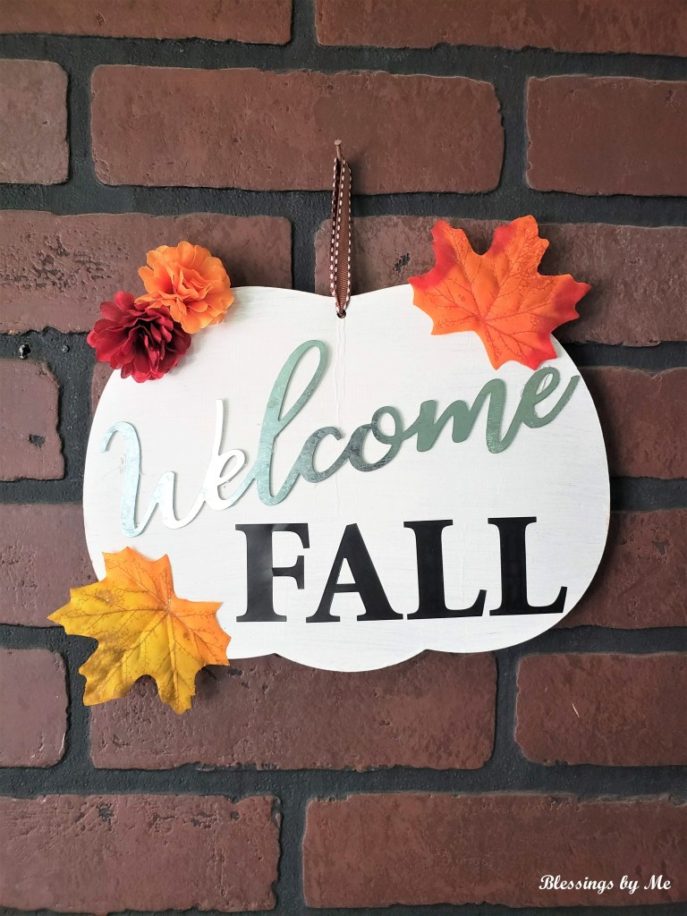 Welcome Fall Pumpkin Sign