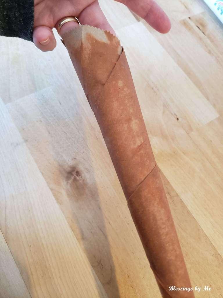 paint the paper bag carrots