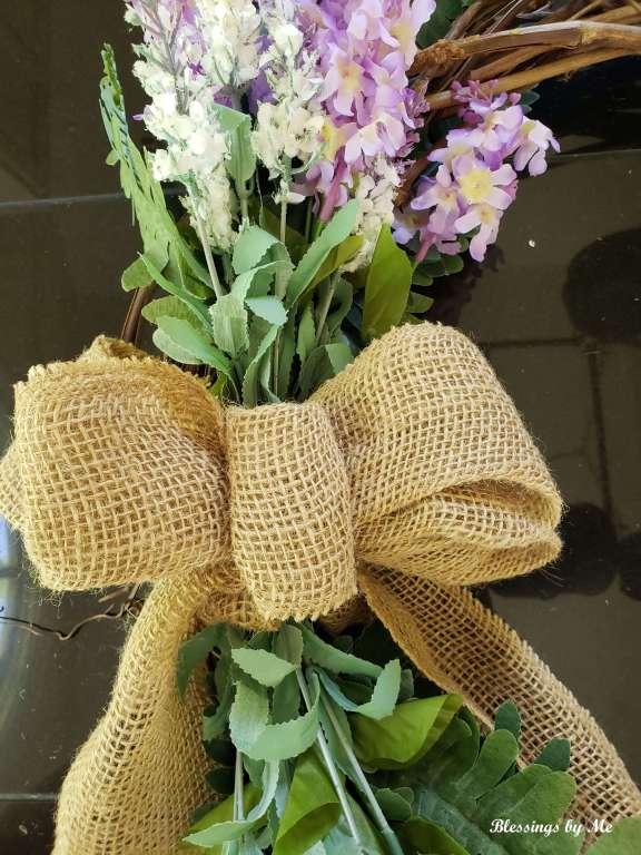 burlap bow for summer grapevine wreath