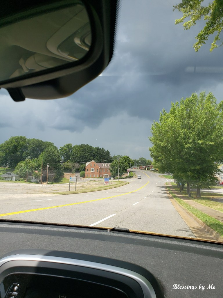 Incoming thunderstorm