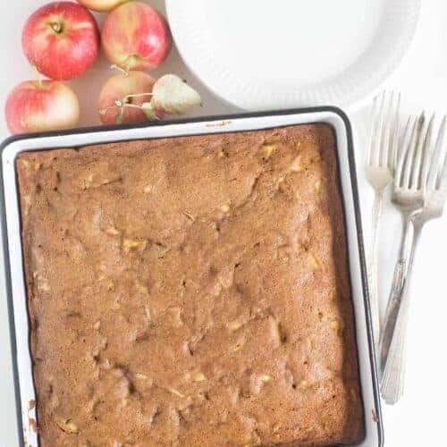 The Best Easy Apple Cake