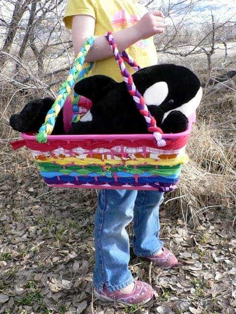 homemade fabric basket, no sew Easter basket, basket making turorial