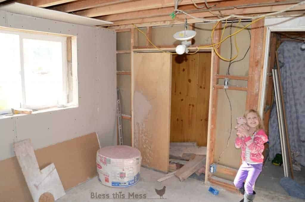house-remodeling-downstairs-basement-bedroom-1024x678