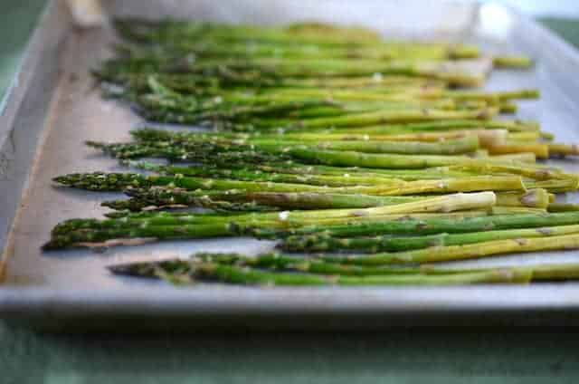 Simple Broiled Asparagus