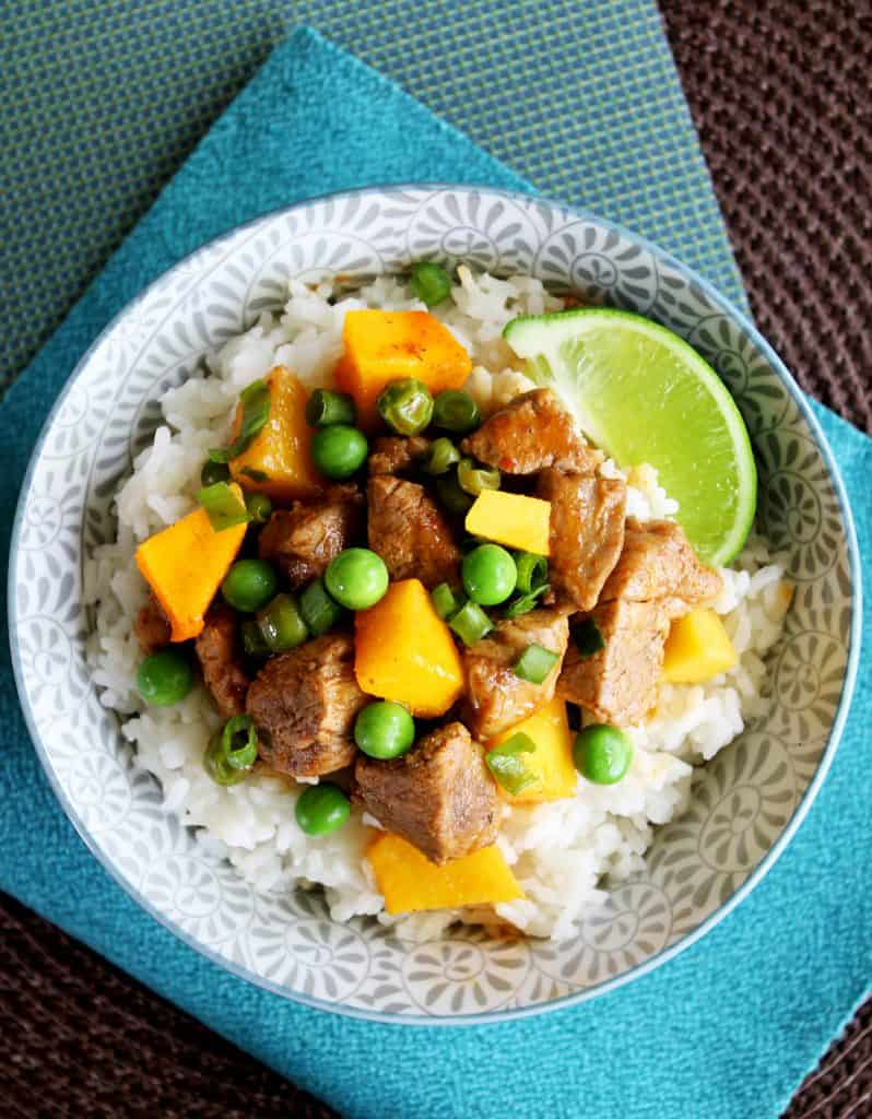 curry with peas and coconut pork