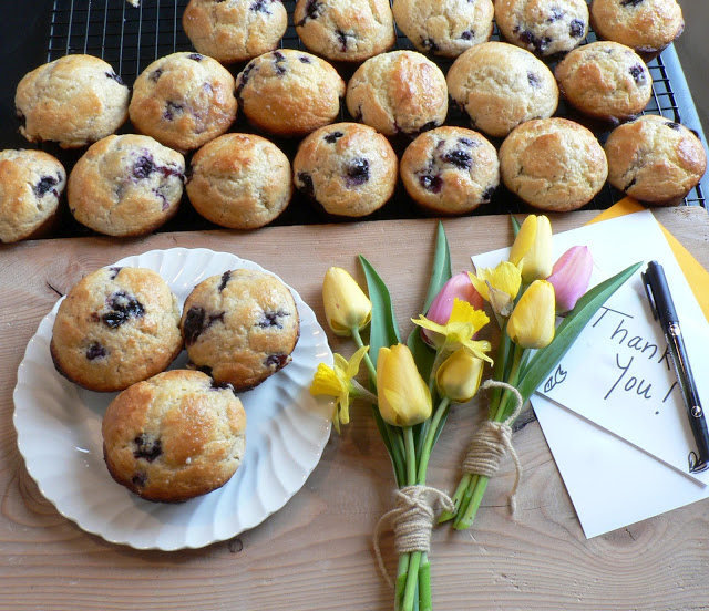 Blueberry lemon muffins4