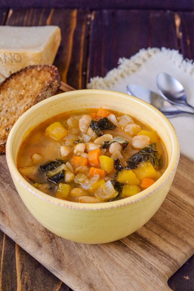 16 Soups, Stews, and Chilis Recipes with beans - great for you and your budget