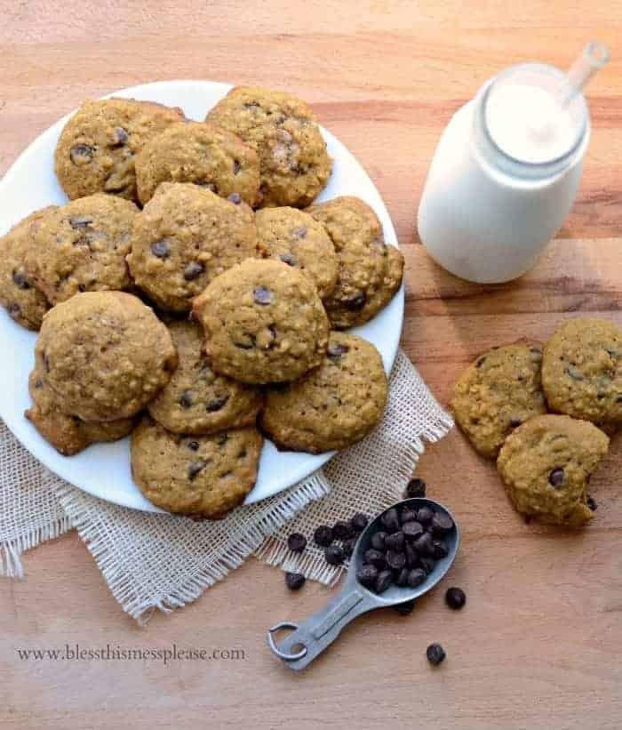 Pumpkin Oatmeal Chocolate Chip Cookies Recipe | Easy Oatmeal Cookies