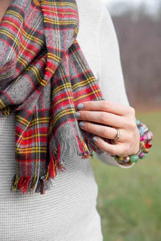 no-sew-flannel-blanket-scarf-3-800x1200