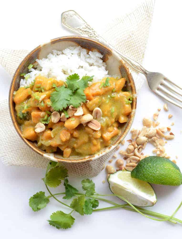 Sweet Potato Curry made with coconut milk, curry paste and sweet potatoes makes the perfect meatless recipe the whole family will enjoy!