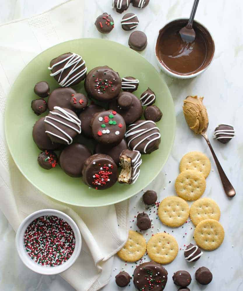 Simple No-Bake Chocolate-Covered Fluffernutter Cookies