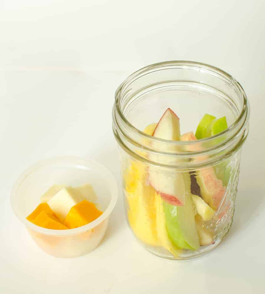 Image of Apple Slices and Cheese Cubes