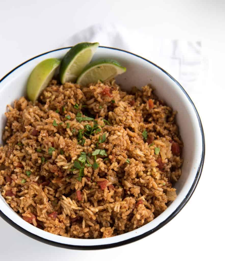 EASY Spanish Rice Recipe   Best Rice Cooker Recipes