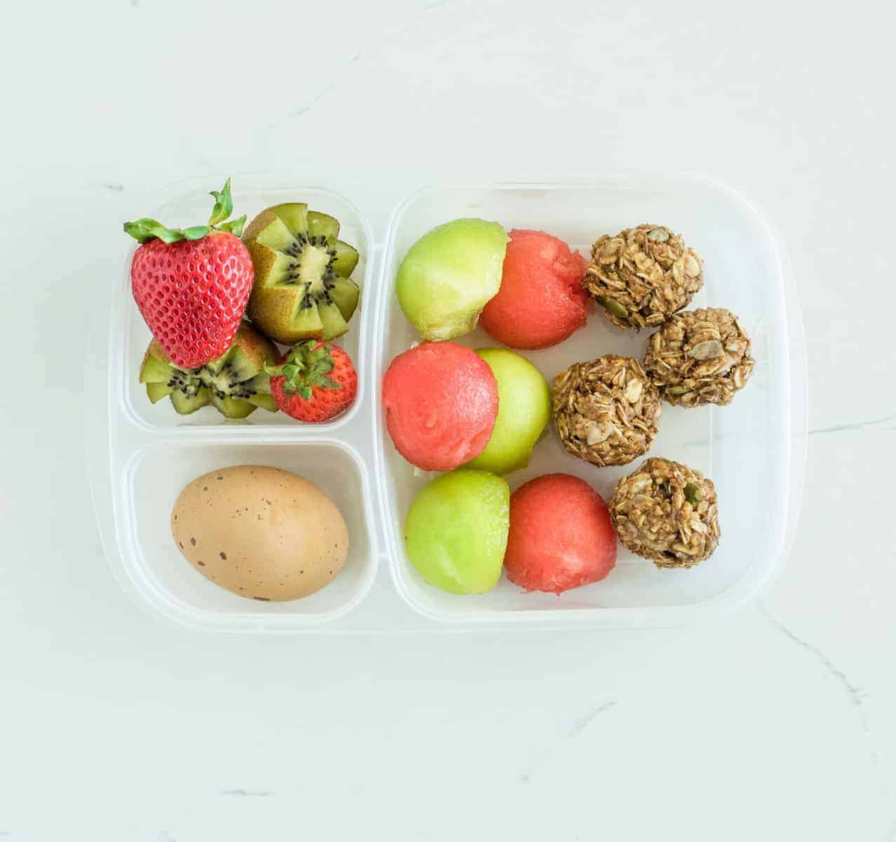 Image of No Bake Muesli Bites in a Lunch Box