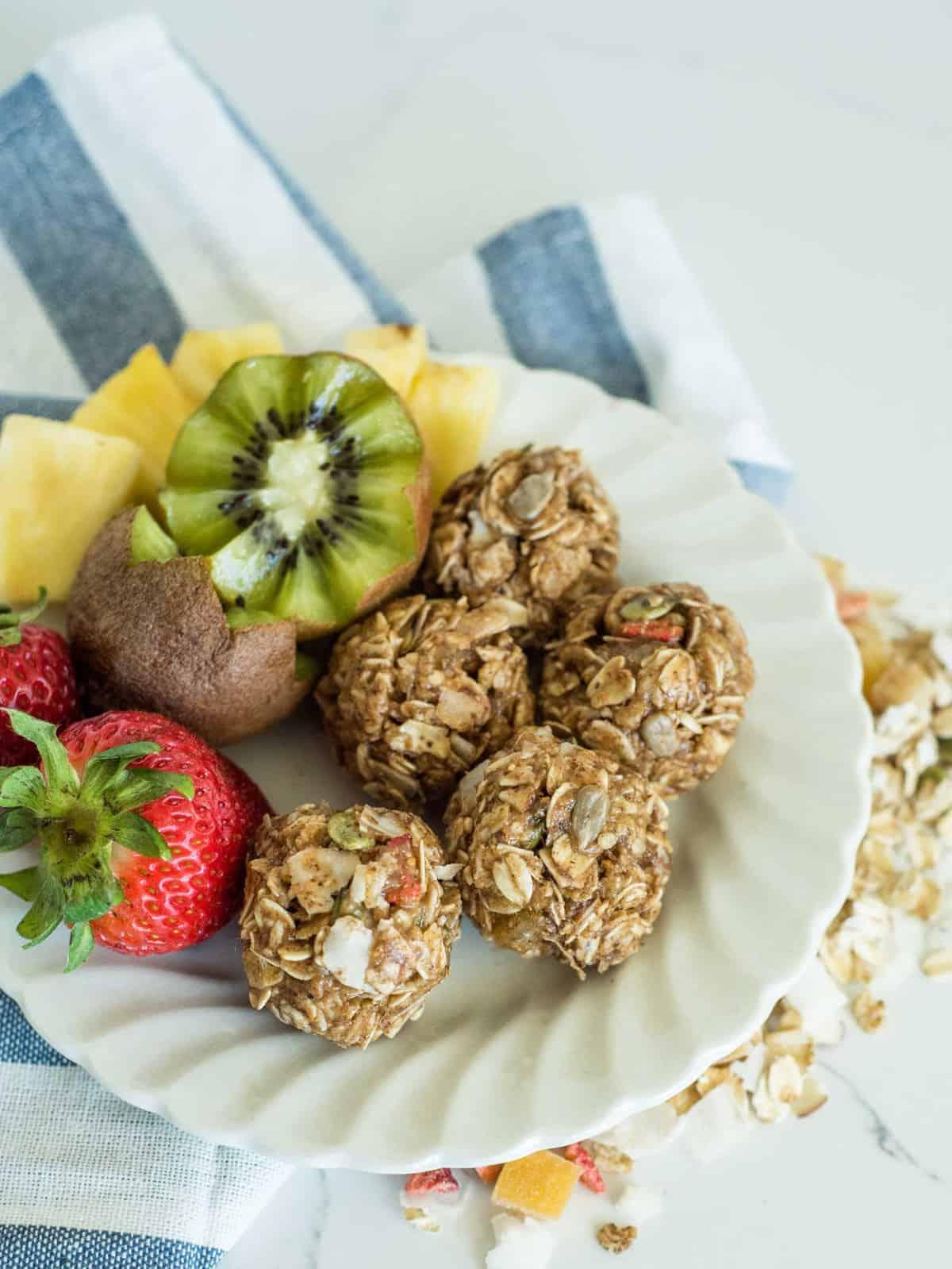 Image of No Bake Muesli Bites on a Breakfast Plate