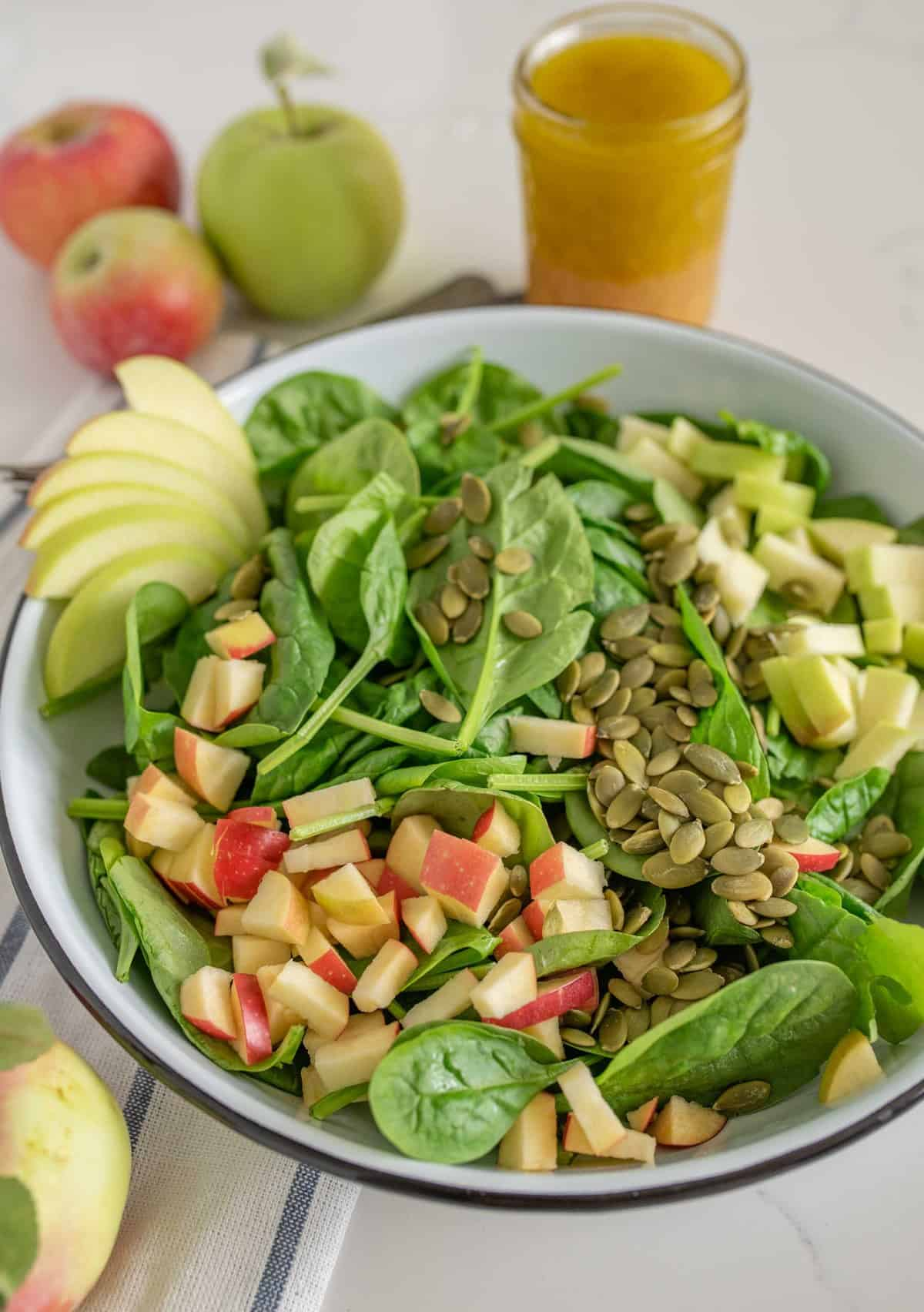 What do you put in a spinach salad?