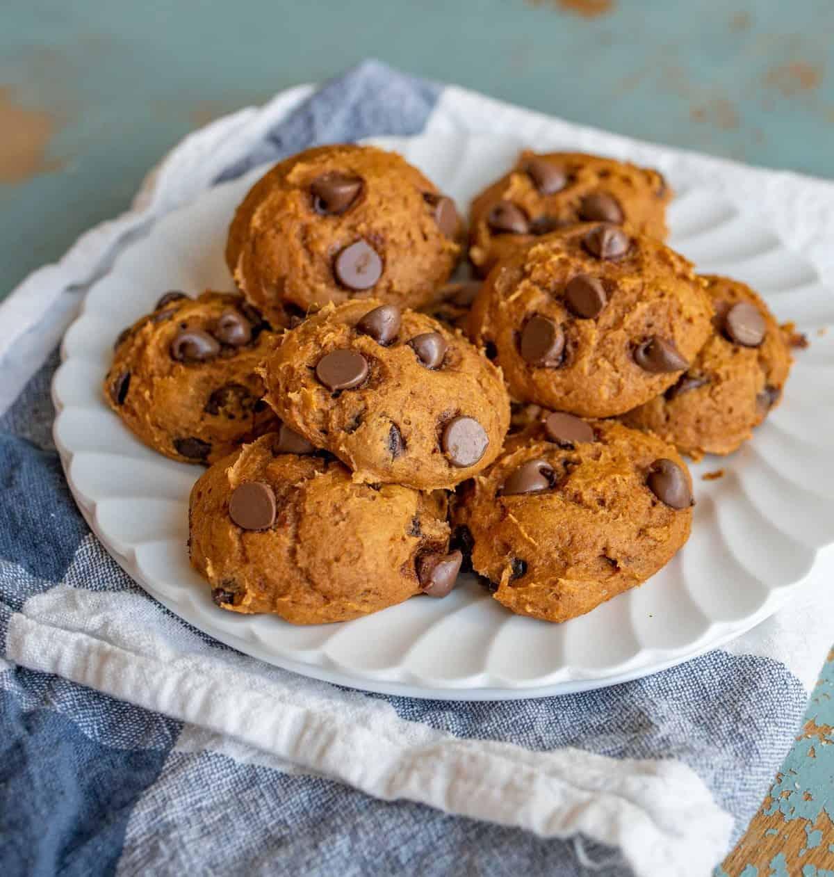 Cake Mix Pumpkin Chocolate Chip Cookies