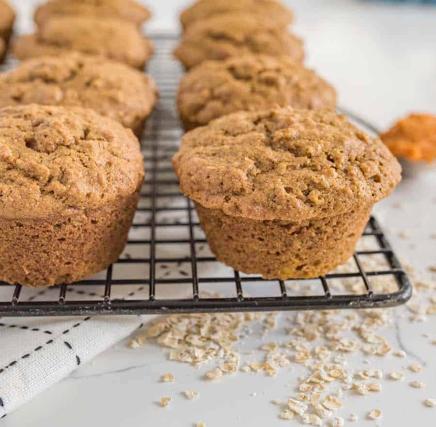 One Bowl Pumpkin Muffins | Healthy Oatmeal Pumpkin Muffins Recipe