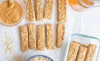 Image of 4 Ingredient Peanut Butter Honey Granola Bars