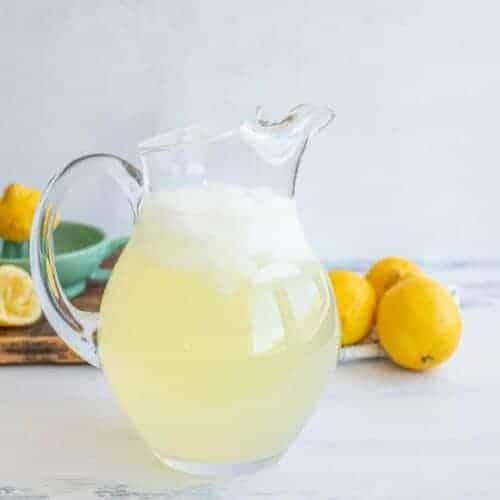 Easy Homemade Lemonade Recipe