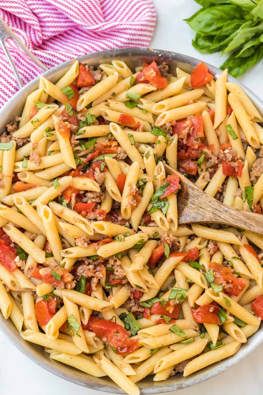 Image of Roasted Tomato & Sausage Pasta in a Pot
